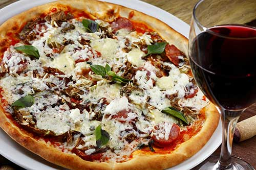 Uncle Dave's Pizzeria - Vernon's #1 Pizza House. Only the Freshest Finest ingredients are used. Come in to enjoy our warm atmosphere & great food!